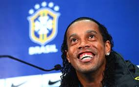 Ronaldinho râzând. FOTO: www.telegraph.co.uk